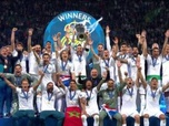 Le triomphe du Real Madrid - Ligue champions - remise du trophée au real madrid